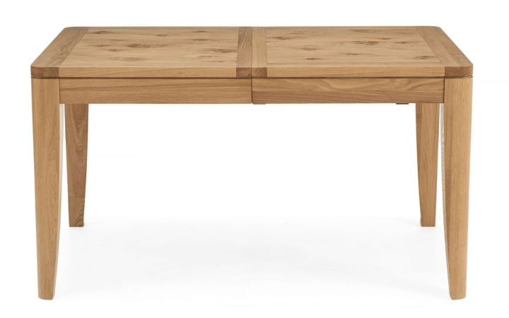 Ontario Oak 4-6 Extendable Dining Table